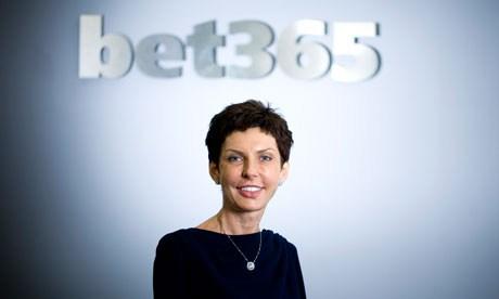 Bild von der sympathischen Denise Coates, die das operative Geschäft bei bet365 leitet (Quelle: bet365)
